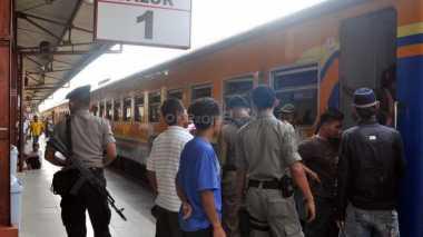 \Ulang Tahun PT KAI, Tarif Kereta Jarak Jauh Hanya Rp70 Ribu\