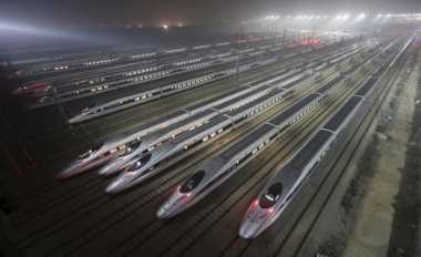 \Empat BUMN Siap Bantu Pembangunan Kereta Cepat\