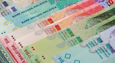 \Ringgit Malaysia Kembali Melemah ke 4,2300 per USD\