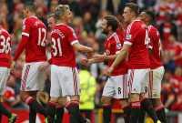 United Memburu <i>Striker</i> Klub Divisi Tiga Inggris