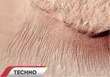 Temuan Air di Mars Buka Peluang Liburan Luar Angkasa?