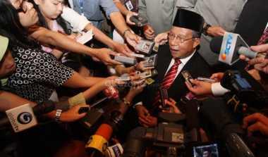 \Darmin Nasution Tak Mau Dituding Intervensi BI   \