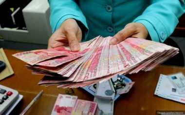 \Kuatkan Rupiah, Paket Kebijakan Jokowi Butuh Waktu\