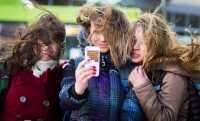 Lima Pose Terlarang saat Posting Foto Anak