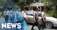 Polisi Kembali Olah TKP Pembunuhan Ibu & Anak di Cakung