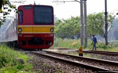 \Kereta Api Indonesia Akan Dilengkapi Teknologi Perlindungan Automatis\