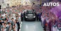Bentley Rayakan Unit Pertama Bentayga, Inikah Mobil Ratu Inggris?