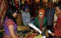 Mufidah Kalla Sambangi Kampung Batik di Solo