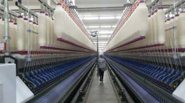 \Indorama Bangun Pabrik Canggih Tanpa Banyak Karyawan\