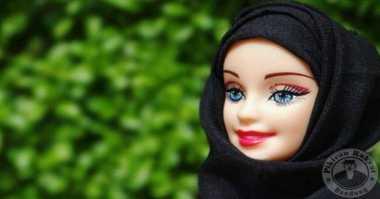 Boneka Barbie Berhijab Jadi Bintang Instagram
