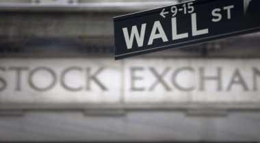 \Wall Street Memerah di Tengah Anjloknya Saham Perbankan\