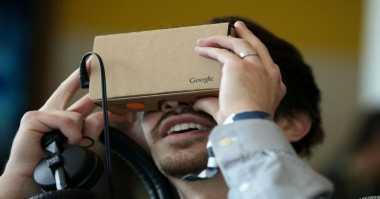 Google Kembangkan Headset VR Mandiri