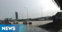 Tergenang Banjir, Tol Cikarang Macet Tiga Kilometer