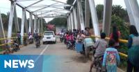 Kemunculan Buaya di Jalinbar Bengkulu-Padang Jadi Tontonan