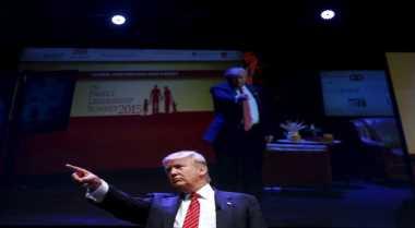 \Perekonomian AS Turun 2% Jika Trump Jadi Presiden \