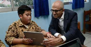 Kunjungi Indonesia, Bos Microsoft Sambangi SMP Muhammadiyah 9