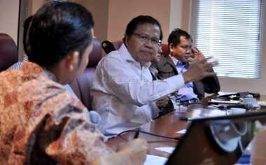 \Sentil 2 Perusahaan, Rizal Ramli Minta Danau Toba Bebas Limbah\