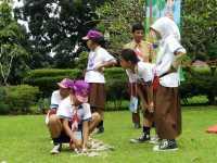100 Murid SD di Bandung Diedukasi Pertolongan Pertama Kecelakaan
