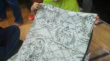 \INSPIRASI BISNIS: Limbah Kakao Disulap Jadi Batik Natural\