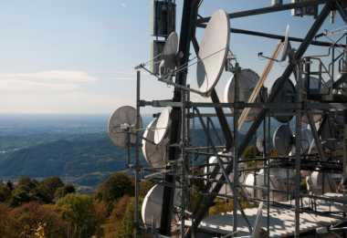 Operator Diminta Tetap Bangun Jaringan Secara Nasional