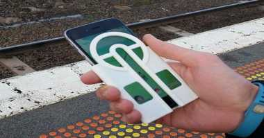 Case iPhone Ini Bantu Gamer Lempar Pokeball dengan Tepat