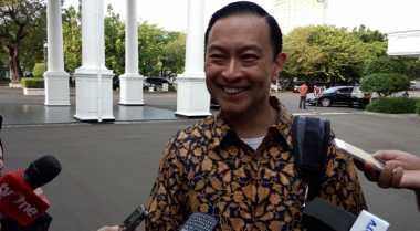 \Lembong Percaya Jokowi Tak Salah Pilih Mendag Enggar\