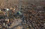Kuburan Terbesar di Dunia Diperluas untuk Makamkan Korban ISIS