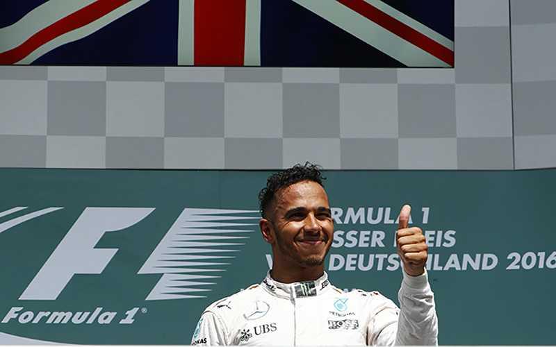 Terinspirasi Crutchlow, Lewis Hamilton Siap Raih Kemenangan di GP Belgia