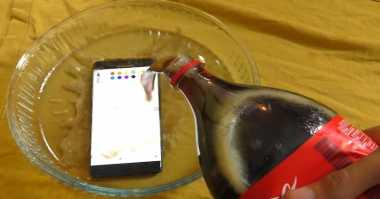 Top Techno: Uji Penyiksaan Galaxy Note 7