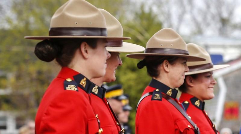 Kanada Izinkan Polwan Memakai Jilbab