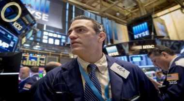 \Wall Street Merosot Jelang Pidato Janet Yellen\