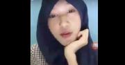 Adelia, Artis 'Panas' Bigo Live Ketahuan Pria, <i>Netizen Shock</i>