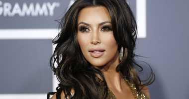 Tweet Kim Kardashian Bikin Server Shut Down