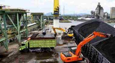\TERPOPULER: 3 Jenis Energi Fosil di Indonesia   \