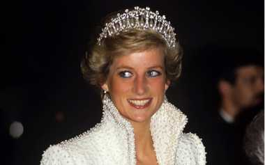 Empat Teori Konspirasi yang Bayangi Kepergian Lady Diana