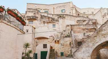 \Gua Ribuan Tahun di Italia Disulap Jadi Hotel Mewah\