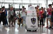 Tingkatkan Keamanan Bandara, Tiongkok Gunakan Robot