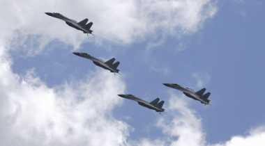 Latihan Dekat Wilayah Jepang, Delapan Pesawat China Dihalau