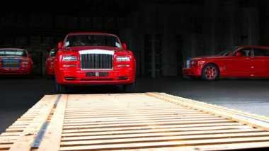 Borong Mobil Mewah, Pria Ini Habiskan Rp258 Miliar