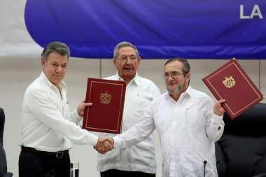 Damai dengan Pemerintah Kolombia, FARC Dihapus dari Daftar Teroris