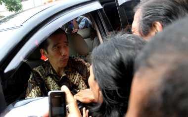 \Sidak ke Kantor Pajak, Jokowi Puji Masyarakat Ikut Tax Amnesty\