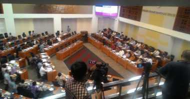 \Bahas APBN 2017, Sri Mulyani hingga Bambang Brodjonegoro Datangi DPR\