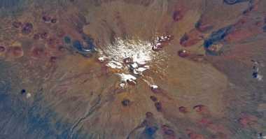 Gunung Berapi Tertinggi di Tata Surya Bukan di Bumi