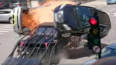 Sutradara Film 'Transformers 5' Bikin Kendaraan untuk Tabrak Mobil