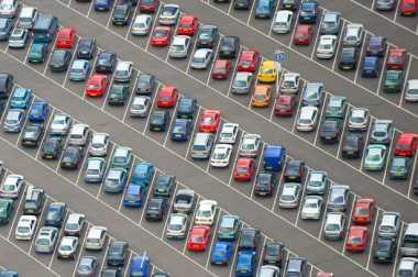 Lima Hal yang Perlu Diperhatikan dalam Memarkir Mobil