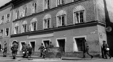 \TERPOPULER : Rumah Hitler di Austria Akhirnya Dibongkar\