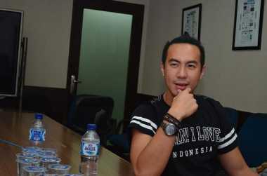 \Jurus Daniel Mananta Kembangkan Bisnis Clothing\