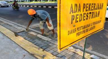 \Jakarta Perlu Punya Rencana Induk Jalur Pejalan Kaki\