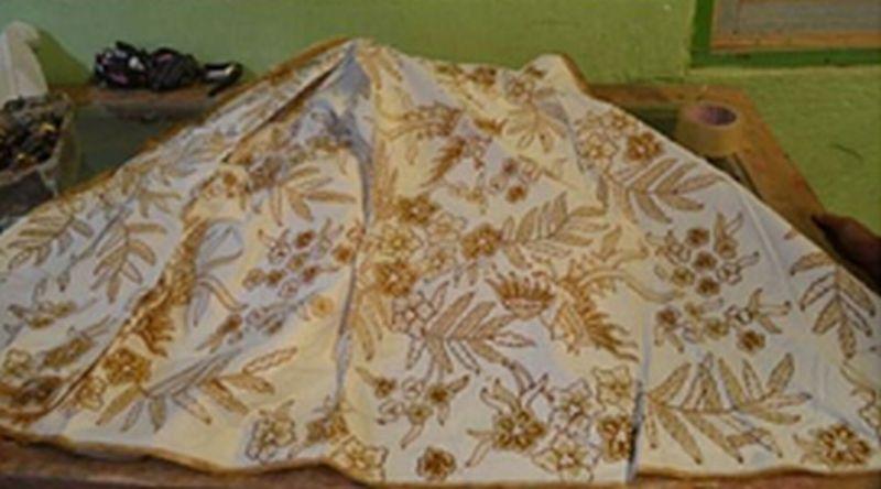 Pewarna Limbah Mangrove Hasilkan Batik Berkualitas