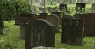 Pemakaman di Inggris Akan Disiarkan secara Online